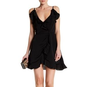 BNWT RUFFLE WRAP DRESS